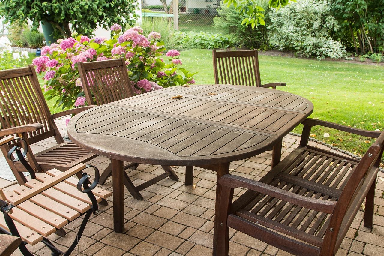 Buy Cheap But Elegant Garden Furniture Online
