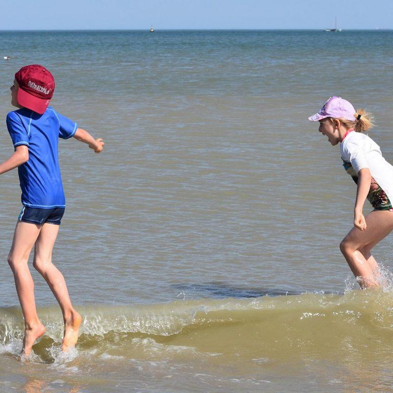 Tips To Choose Children's Beachwear